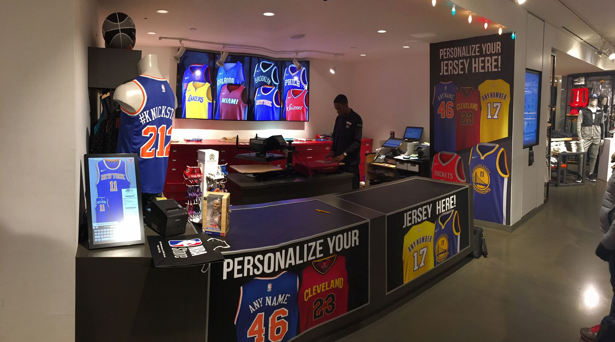 Honda Of Manhattan >> NBA Store | Fanzones